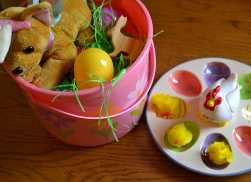 Easter Discovery Bucket