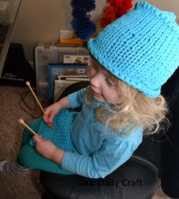 bit knitting pretend play